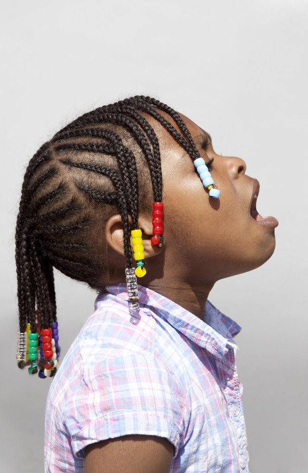 emily-stein-hairdo-10