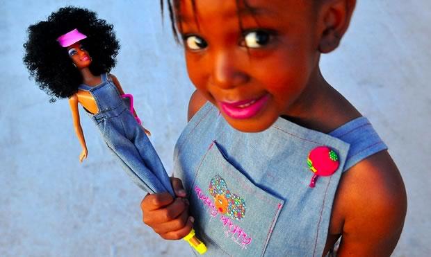 La marque sud-africaine Momppy Mpoppy a fondé par une Maite Mkgoba quand celle-ci avait 24 ans.
